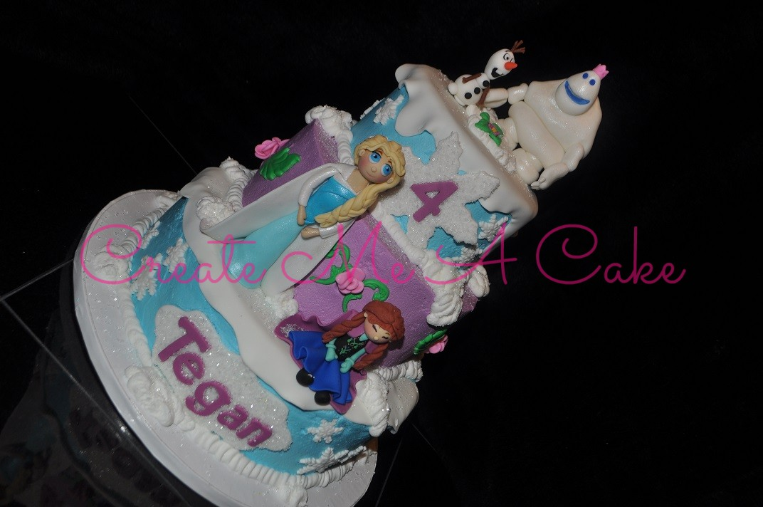 Frozen Themed Cake with Characters